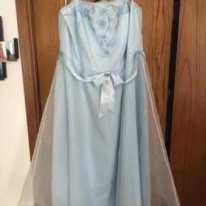 David's Bridal Light Blue Special Occassion Dress